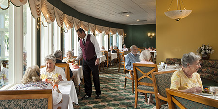 Saratoga Springs senior dining